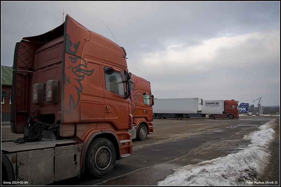 Lastbilar vid Carsped i Kinna
